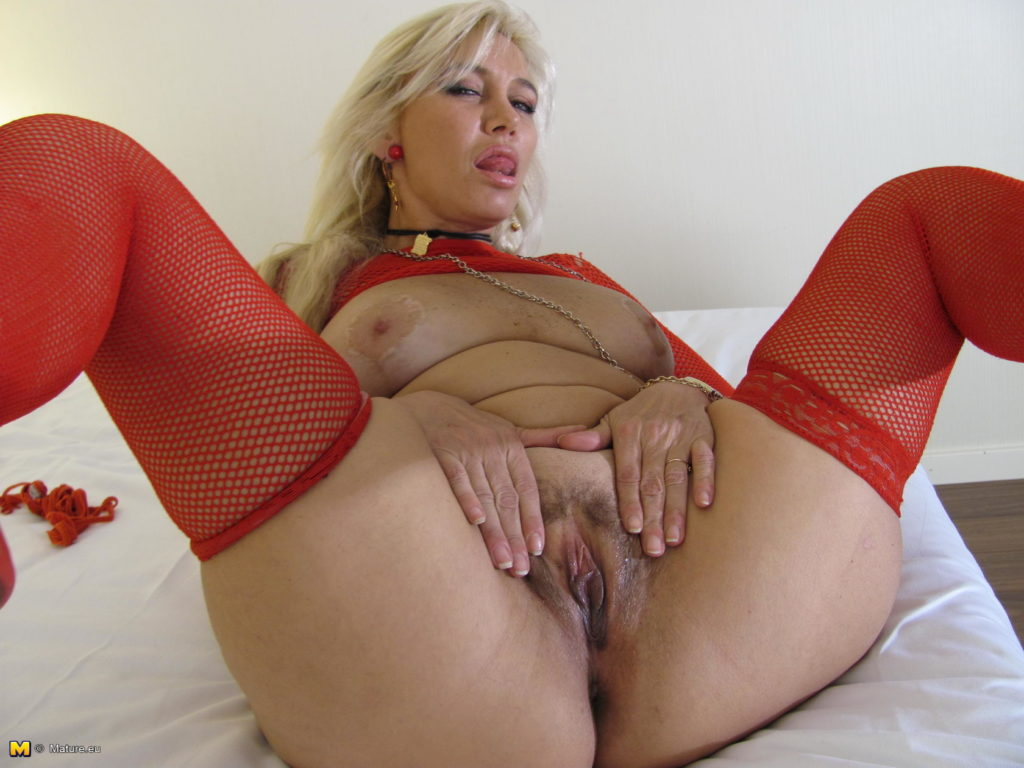 College coed women porn pussy